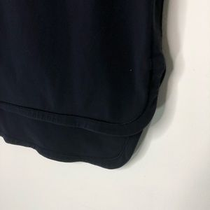 lululemon athletica Skirts - Lululemon City Skirt Hi Lo Navy Blue Size 10